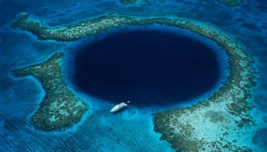 Magična plava rupa u moru